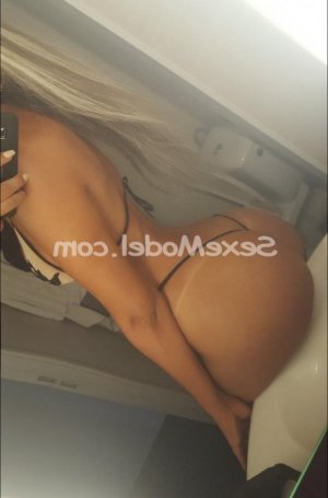 Saskia escorte girl sexemodel
