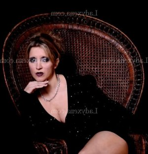 Leoncia massage tantrique lovesita escorte à Gennevilliers