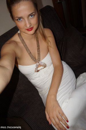 Gwenoline massage sexy escorte