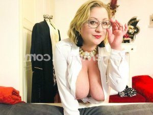 Reinelde wannonce massage érotique escorte